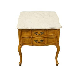 20th Century French Provincial Hammary Furniture Accent End Table With White Marble Top For Sale