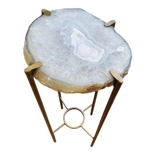 Modern Clear Crystal Gray and White Agate Geode Drinks Table For Sale
