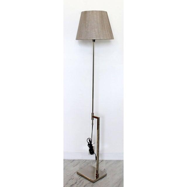 Mid-Century Modern Mid-Century Modern Robert Sonneman Chrome Floor Lamp Original Tag Shade & Finial For Sale - Image 3 of 9
