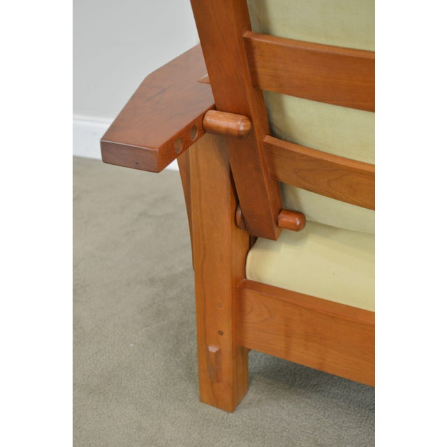 Wood Stickley Mission Collection Cherry Bustle Back Spindle Morris Chair W/ Ottoman For Sale - Image 7 of 13
