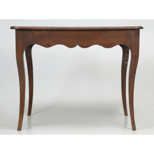 French Louis XV Style Ladies Writing Desk For Sale - Image 4 of 11