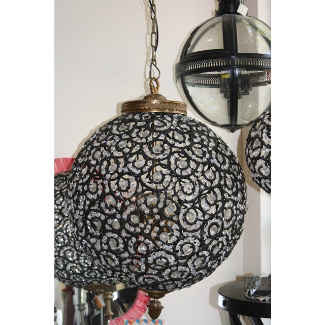 Large Crystal Black Swirl & Brass Chandelier - Image 3 of 5