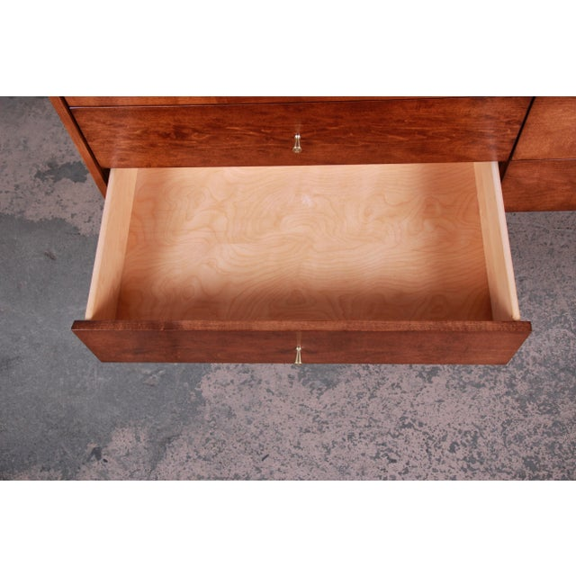 Metal Paul McCobb Planner Group Mid-Century Modern Long Dresser or Credenza, Newly Restored For Sale - Image 7 of 13