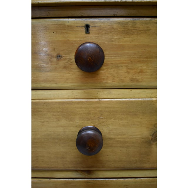 English Victorian Pine Chest of Drawers For Sale - Image 9 of 12