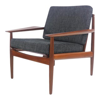 Scandinavian Modern Teak Armchair Designed by Arne Vodder For Sale
