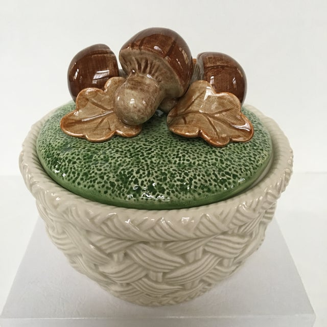 1980's Hand Painted Fitz and Floyd Basketweave Mushroom & Oak Leaf Covered Dish For Sale - Image 11 of 12