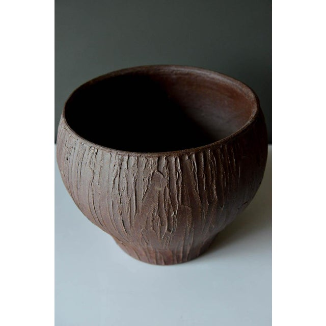 David Cressey 1970s Mid-Century Modern David Cressey for Architectural Pottery Stoneware Vessel For Sale - Image 4 of 9