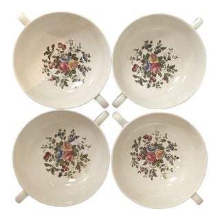 1950s English Traditional Wedgwood Edme Conway Footed Soup Bowls - Set of 4 For Sale