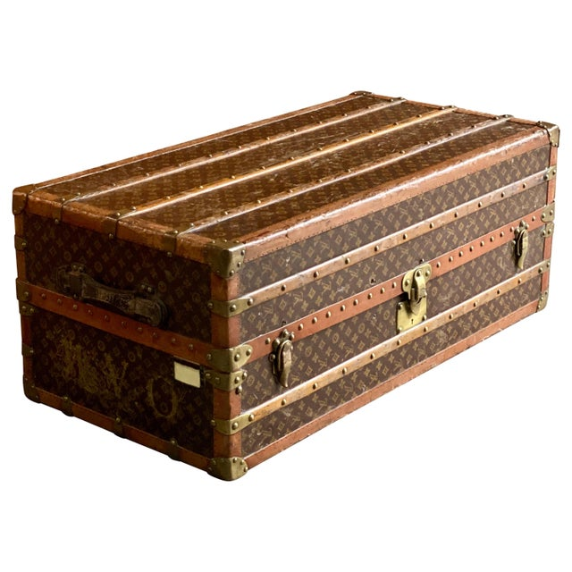 Louis Vuitton Steamer Trunk Wardrobe Trunk Chest France, circa 1920 For Sale - Image 13 of 13