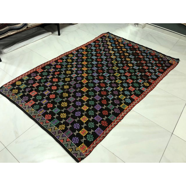 Turkish Turkish Handmade Naturel Kilim Rug - 4′11″ × 7′9″ For Sale - Image 3 of 11