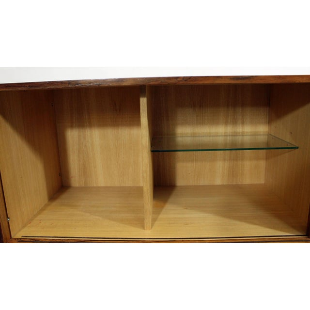 Chrome Mid-Century Modern Richard Young Merrow Assoc. Rosewood Chrome Credenza For Sale - Image 7 of 12