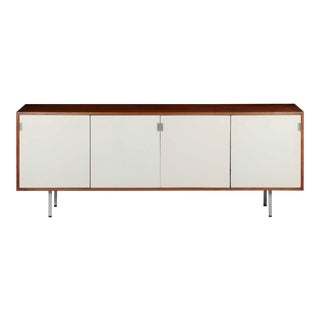 Florence Knoll Walnut and White Lacquered Credenza Cabinet circa 1960s