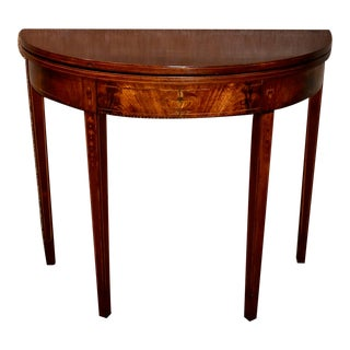 1950s Vintage Inlaid Mahogany Traditional Style Flip Top Game Table For Sale