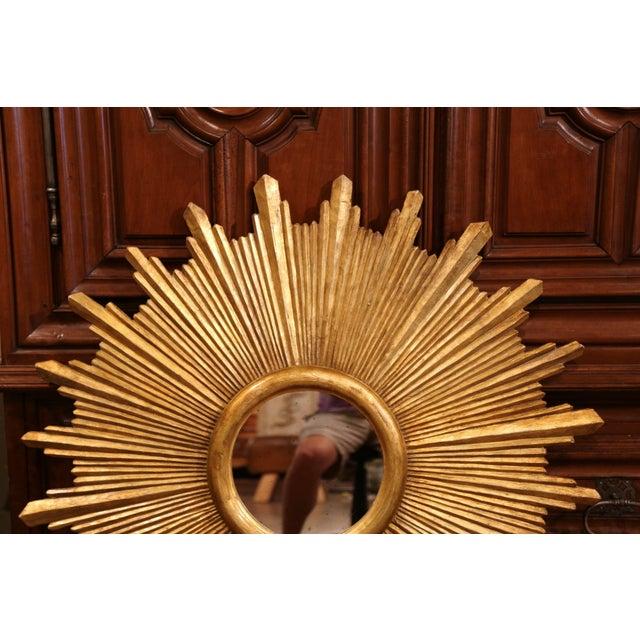 Italian Large Pair of Italian Carved Giltwood Sunburst Mirrors For Sale - Image 3 of 11