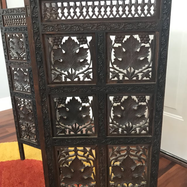 Asian Vintage Mid-Century Hand Carved Table Top Teak Room Screen For Sale - Image 3 of 6