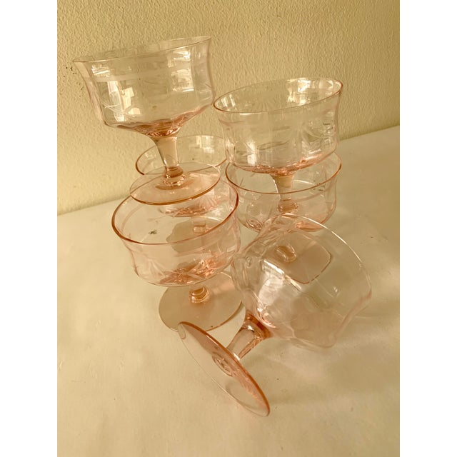 1960s Blush Pink Etched Set of Six Vintage Champagne Cocktail Glasses For Sale - Image 5 of 13
