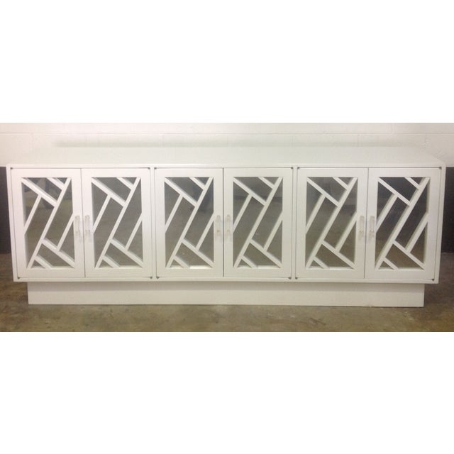 White Chippendale Style Mirrored Credenza - Image 2 of 11