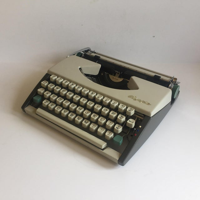 Vintage Olympia De Luxe Typewriter Germany - Image 6 of 11