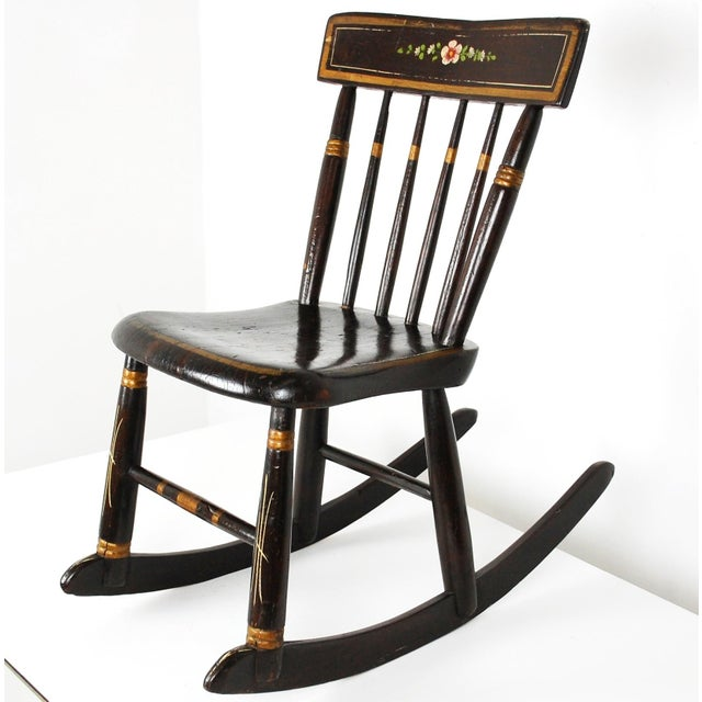 1800s Windsor Style Childs Rocker - Image 5 of 11