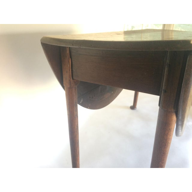 English Traditional Antique 19th C. English Oak Drop-leaf Gate Leg Table For Sale - Image 3 of 10