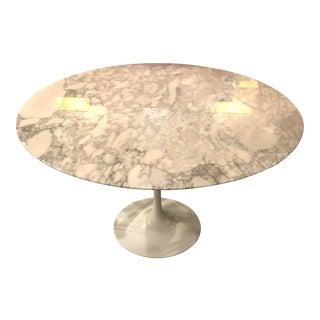 Round Knoll Saarinen Tulip Table