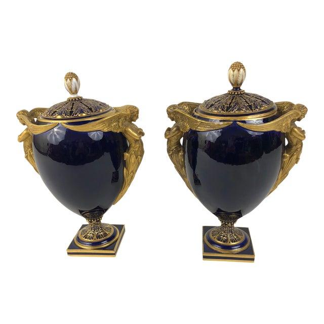 Mid 19th Century English Kerr & Binns Blue and Gilt Fine Bone China Pomander Urns - a Pair For Sale