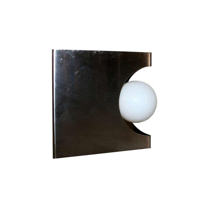 Modernist Pair of European Wall Sconces For Sale - Image 5 of 6