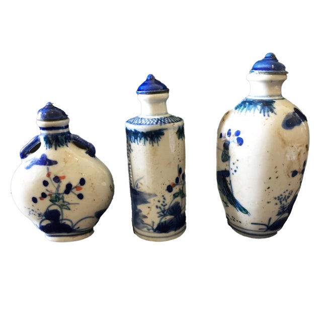 Blue & White Snuff Bottles S/3 For Sale - Image 4 of 8
