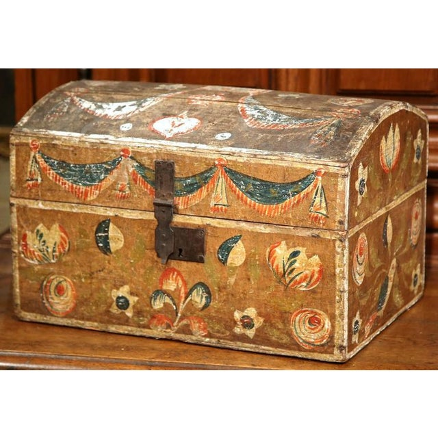 18th Century French Painted Bird Motif Trunk - Image 5 of 8