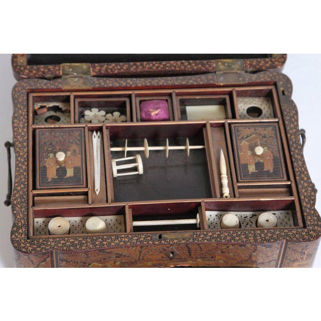 19th Century Chinese Export Chinoiserie Lacquer Sewing Box For Sale - Image 11 of 13