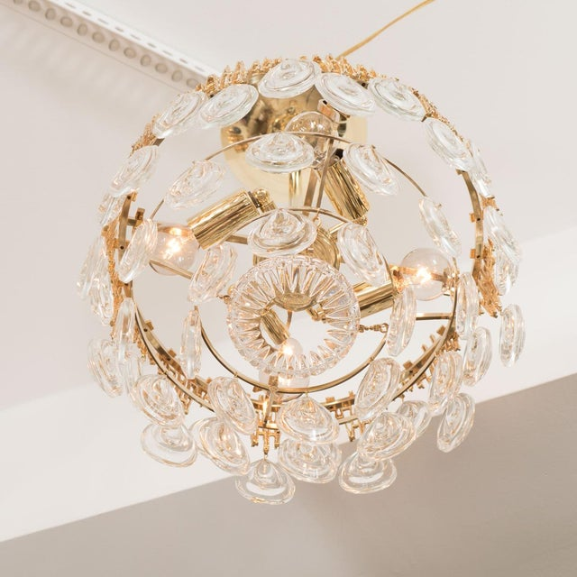 Palwa 1960s Mid-Century Modern Three Tier Brass and Crystal Drop Lens Chandelier For Sale - Image 4 of 5
