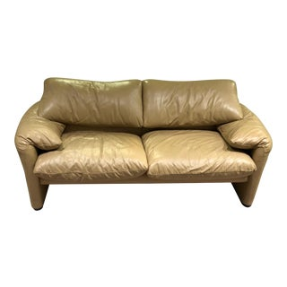 Vico Magistretti for Cassina Mid-Century Modern Maralunga Tan Leather Sofa For Sale