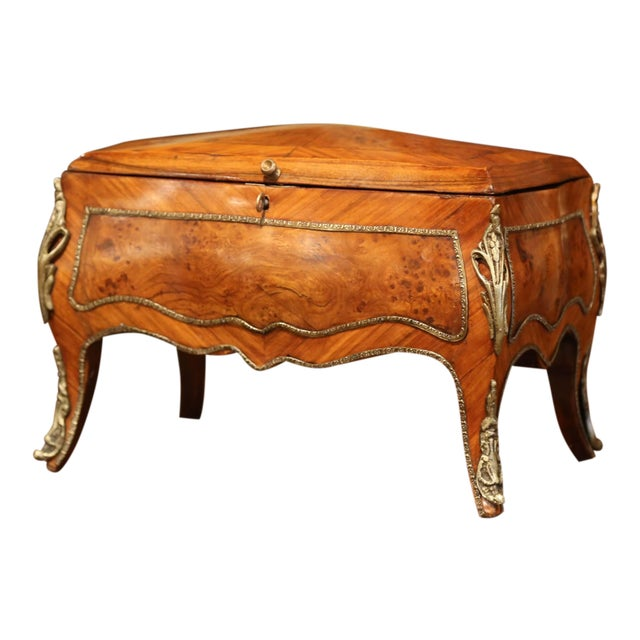 19th Century French Louis XV Bombe Walnut and Burl Jewelry Box With Bronze Mount For Sale