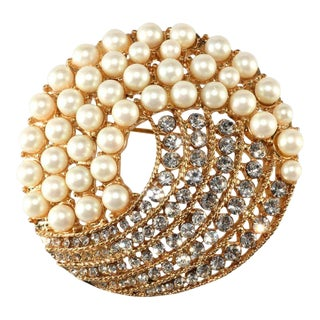 Monet Faux Pearl Brooch With Sparkling Clear Rhinestones 1960s For Sale