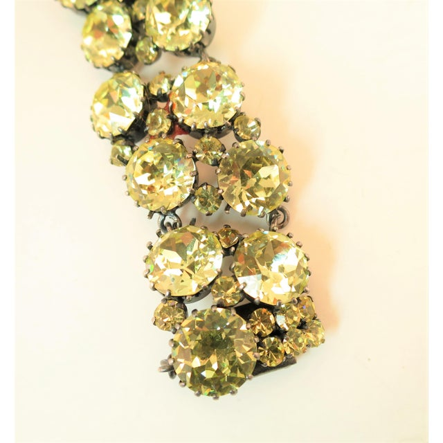 Austrian Hand-Made Canary Crystal Link Bracelet 1950s For Sale - Image 4 of 13