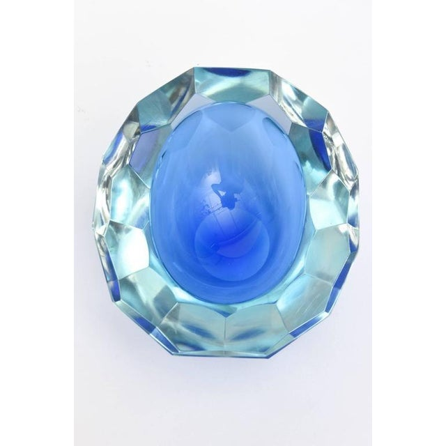 Italian Murano Sommerso Diamond Faceted Flat Cut Polished Glass Geode Bowl - Image 7 of 9