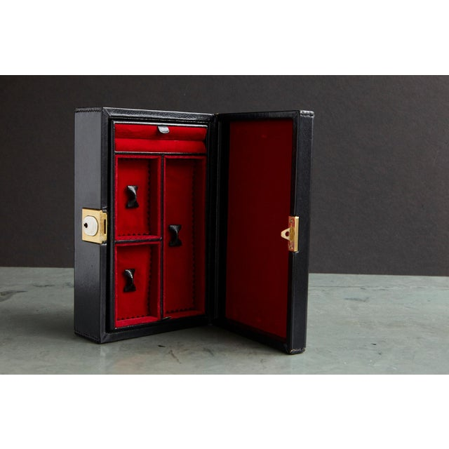 Italian Gucci Black Leather and Red Velvet Jewelry Box From the Collection of Ann Turkel For Sale - Image 3 of 13