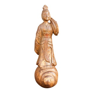Graceful Gilt Wood Chinese Statue For Sale