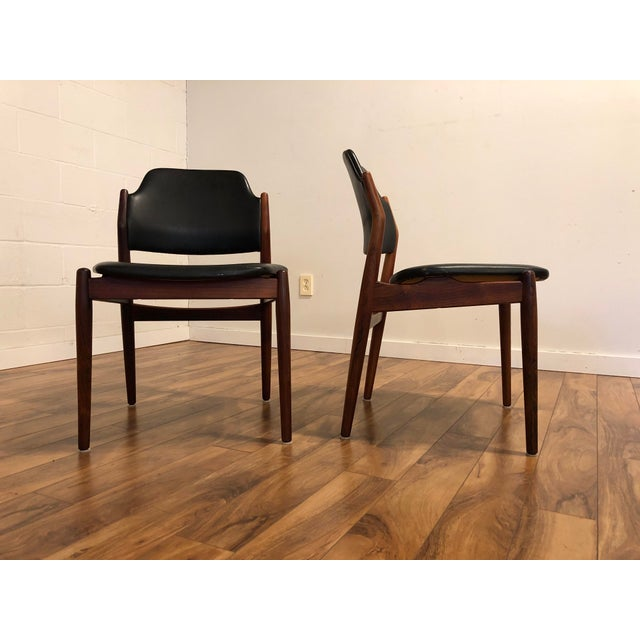Arne Vodder for Sibast Rosewood and Leather Side Chairs, Made in Denmark, a Pair For Sale In Seattle - Image 6 of 9