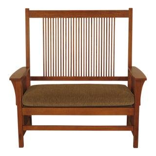 1990s Vintage Stickley Mission Oak Arts & Crafts Settee Bench For Sale