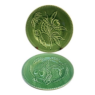 Vintage Olive Bordallo Pinheiro Plates - a Pair For Sale