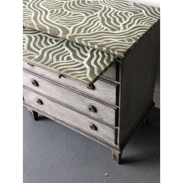 Pair of Catharine Warren Painted Swedish Chests For Sale In West Palm - Image 6 of 9