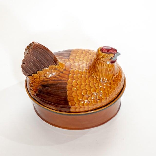 Vintage Steuler Keramik Large Nesting Hen Casserole Covered Dish For Sale In Dallas - Image 6 of 13