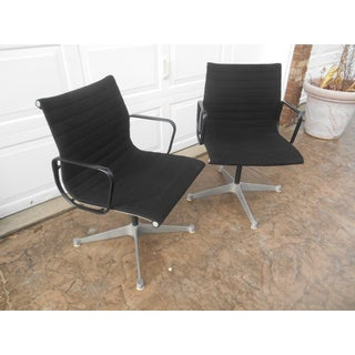 Late 20th Century Herman Miller Eames Aluminum Group Management Chairs- a Pair Preview