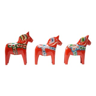 Set of Three Swedish Dala Horses by Nils Olsson For Sale