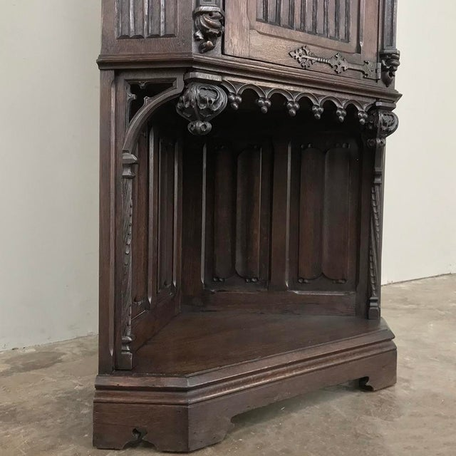 19th Century French Gothic Corner Cabinet For Sale - Image 4 of 13