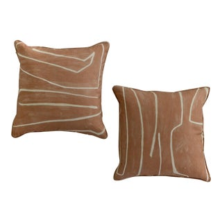 Throw Pillows in Salmon and Cream Graffito Linen - a Pair For Sale