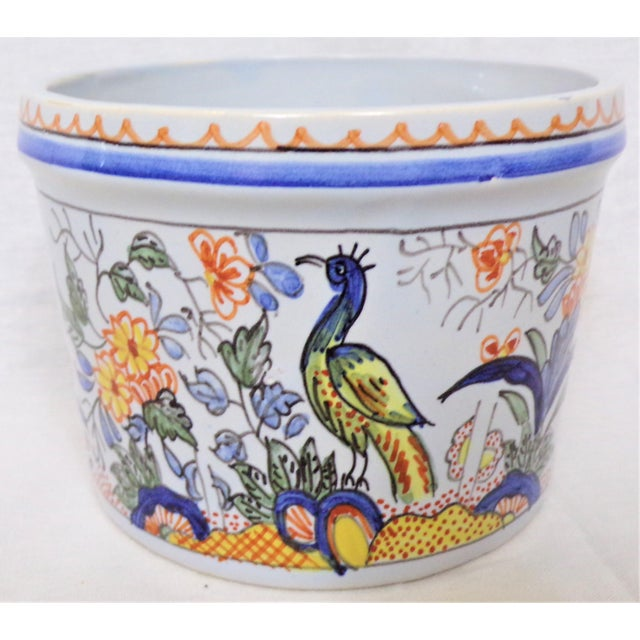 1980s Vintage Tiffany & Co. Majolica Hand Painted Cachepot For Sale - Image 5 of 8