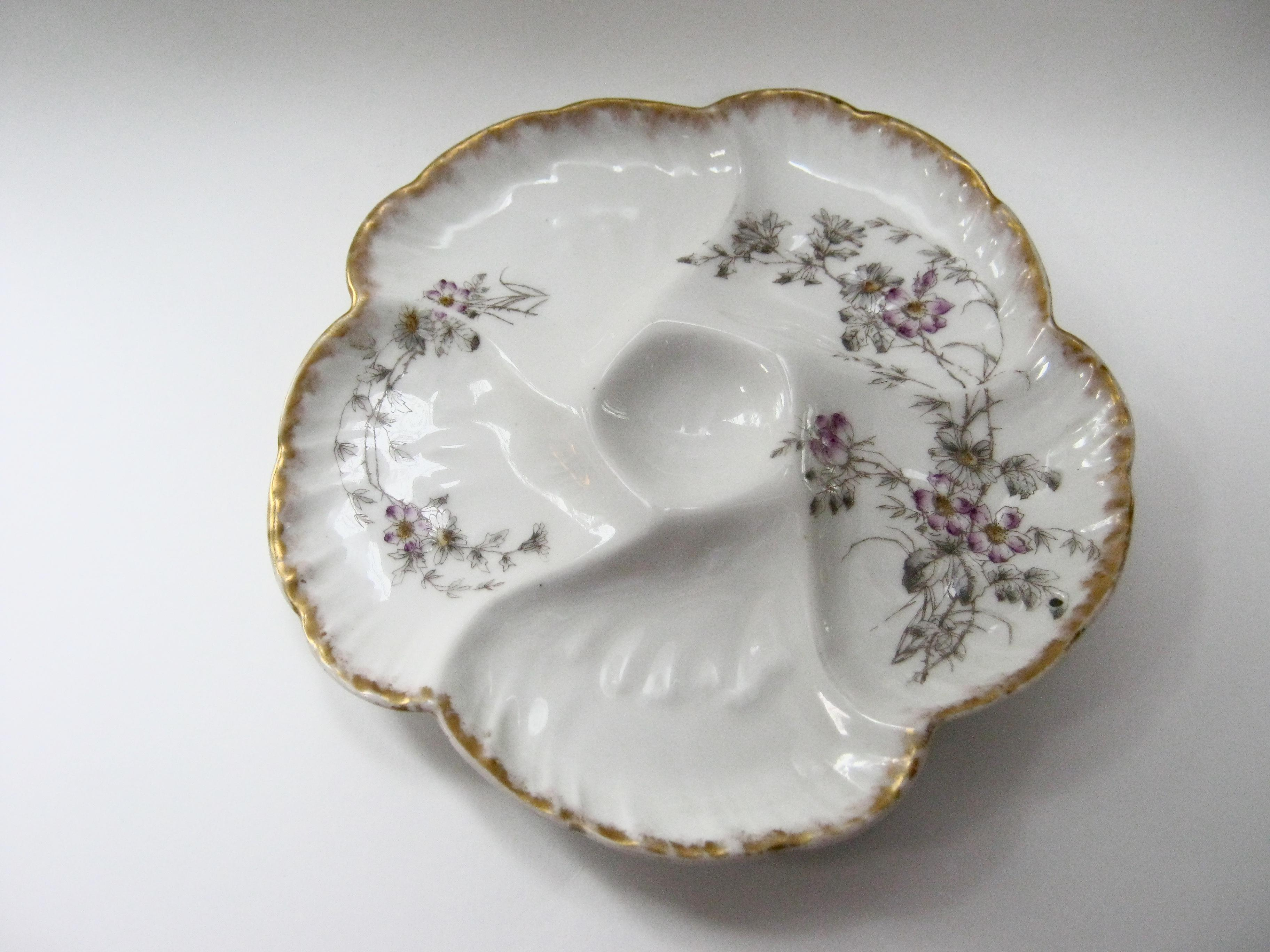 Antique Limoges France Hand Decorated Oyster Plate - Image 5 of 5  sc 1 st  Chairish & Antique Limoges France Hand Decorated Oyster Plate | Chairish