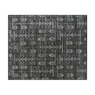 Stark Studio Rugs Traditional Neema Peanut Wool Rug - 8′ × 9′11″ For Sale